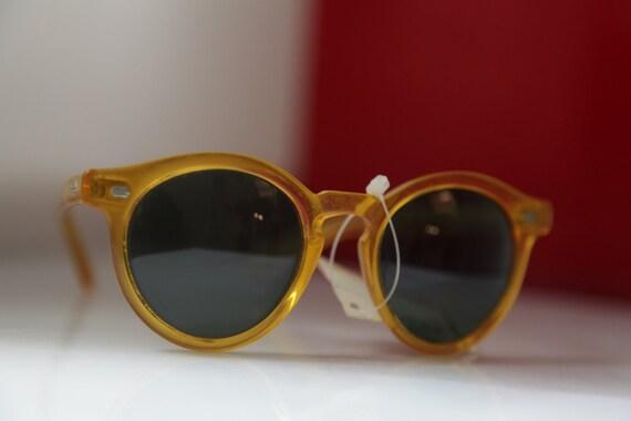 Vintage Polaroid Golden Transparent Frame Sunglasses, Tortoise Frame, Polarizing Lenses 8761N. Collectible