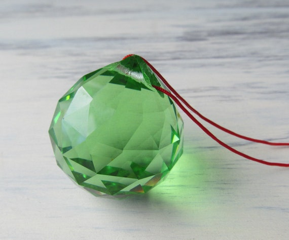 BALANCE & WELL-BEING Green Feng Shui Crystal