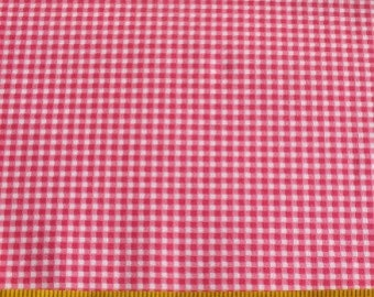 1/4m Quiltables Pink Gingham