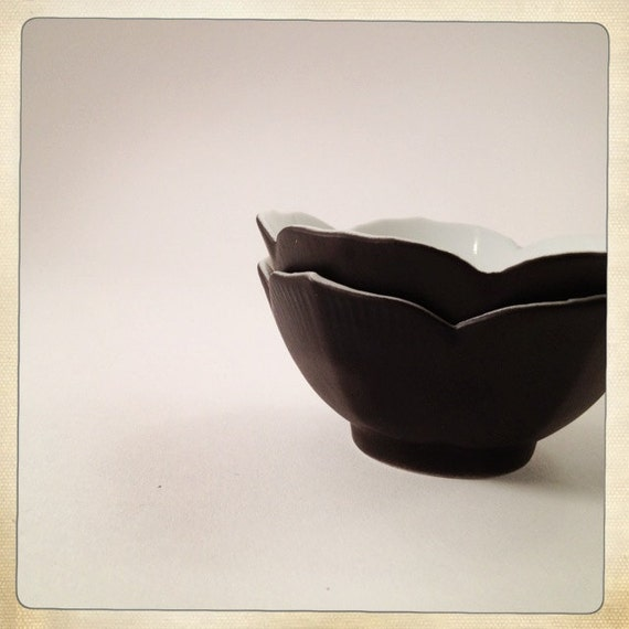 vintage lotus bowl pair matte black porcelain small
