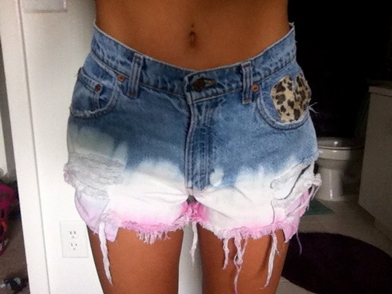 High Waisted Levi Dip Dyed pink and white shorts with leopard and lace -SIZE 30