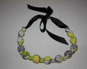 Chomp Teething & Nursing Necklace - Yellow Flowers at Dusk