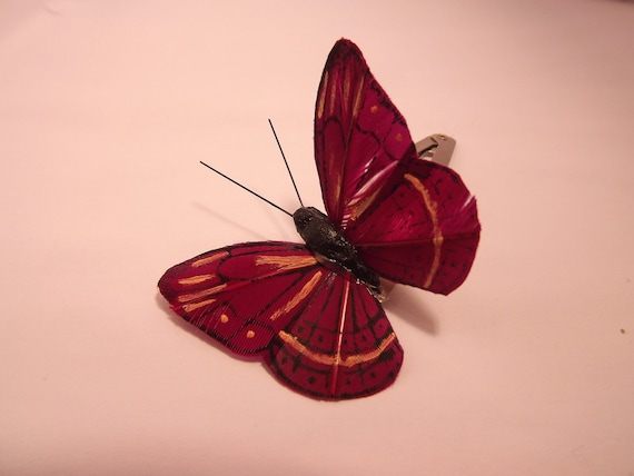 Medium Wine-colored Butterfly Hair Clip