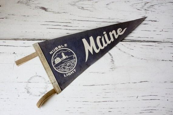 Vintage Pennant- Maine