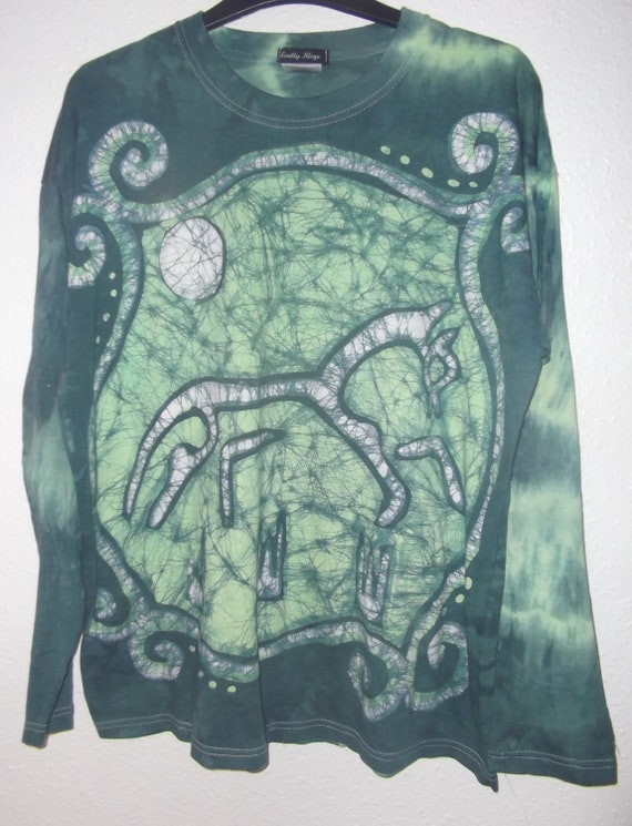 Adults, long sleeve tee shirt, batik and tie dye, chalk horse. 100%cotton. size uk large, created by hand in Scotland.