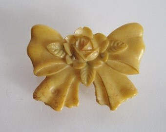 SALE sweet vintage celluloid bow and rose small pin brooch 1940s