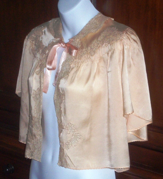 Vintage 1940s Silk Charmeuse Bed Jacket, Peach, Size SM - M