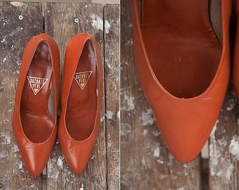 1980's Vintage Jacques Vert Leather Pumps / Women Shoes / Size 39