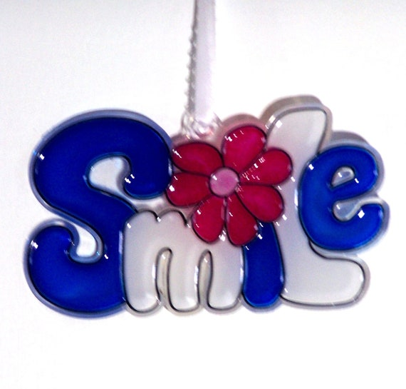 ORNAMENT - SMILE- Acrylic - Blue - White - Red - Pink - Handpainted Home Decor