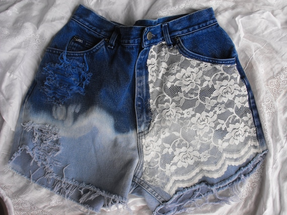 Very High waisted vintage hipster tumblr shorts with Lace, size 14