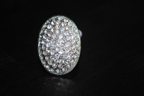 Items similar to Twilight Inspired Ring - Size 6 - Bella's ... - photo#5