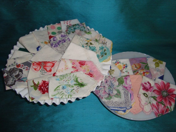 30 Vintage Hankies Floral, Lace, Scalloped Edge, White & Colorful