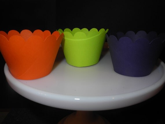 Halloween Cupcake Wrappers. Set of 48  Free Shipping