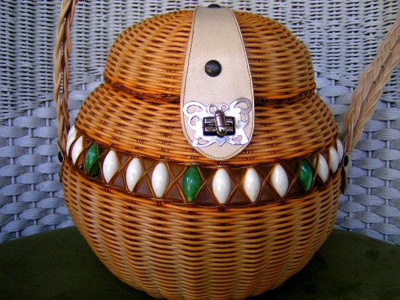 Vintage Wicker Purse Round woven Wicker & Beaded Basket Purse Handbag beachy Island-esque