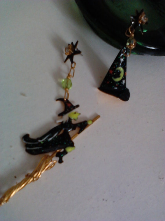 Halloween Spooky Flying Witch and Hat Pierced Earrings Signed Lunch At The Ritz
