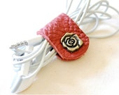 Customized Leather Earpiece Organizer - Rose