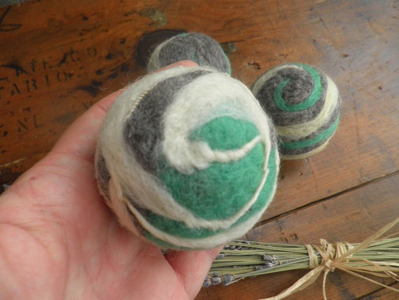 Wool Dryer Balls, set of 4, Ready to Ship.  Lavender scent, filled with dried lavender.  Eco Friendly laundry aid.