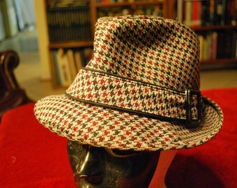 Vintage Trilby Hat, Fedora Style, Houndstooth Pattern