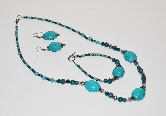 Turquoise and Silver Necklace, Bracelet and Earring
