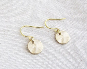 Small Coin Earrings - Bridesmaid Earrings - Gold Earrings - Simple Earrings - Minimal Earrings - Bridesmaid Gift
