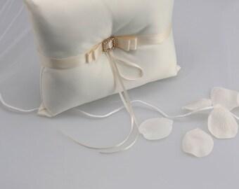 Ivory Ring Bearer's Pillow