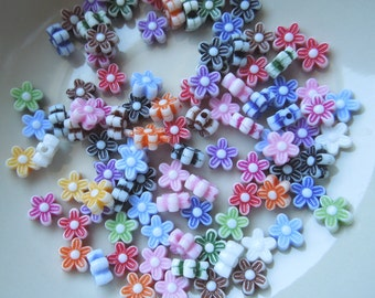 Flower Beads - Assorted Colors 9mm