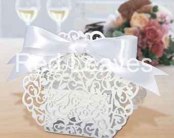 120pcs  Laser cut lace favor boxes