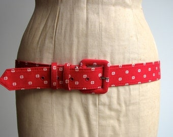 1980s womens Belt / Geo Print in Red and White / xlarge