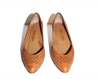 Vintage Leather Heels | Size 6 Tan Heels | Womens Vintage Shoes | Sutton Plaza Heels