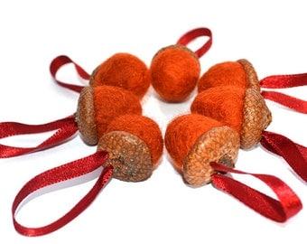 Autumn Wedding felt acorn decorations -wedding favours,wedding cake toppers,wedding gift, waldolf 7 hanging decorations