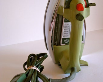 Vintage GE Avocado Iron