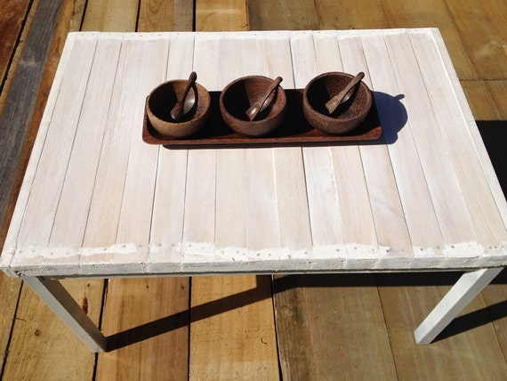 upcycled wooden coffee table