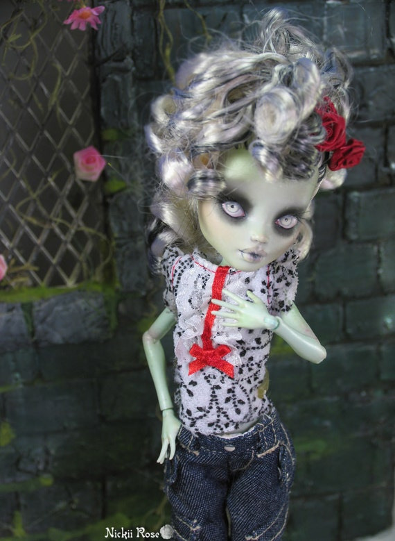Monster High Frankie Stein Repaint