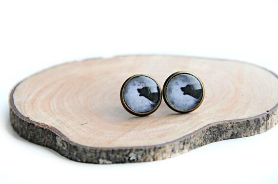 HALLOWEEN Earrings - Holwing Wolf - Handmade post earrings