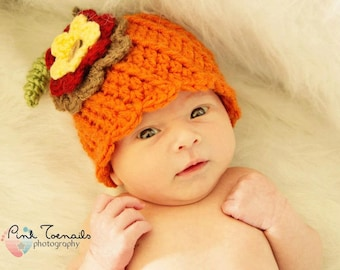 Girl pumpkin hat with flower. Baby pumpkin hat. Newborn fall photo prop.