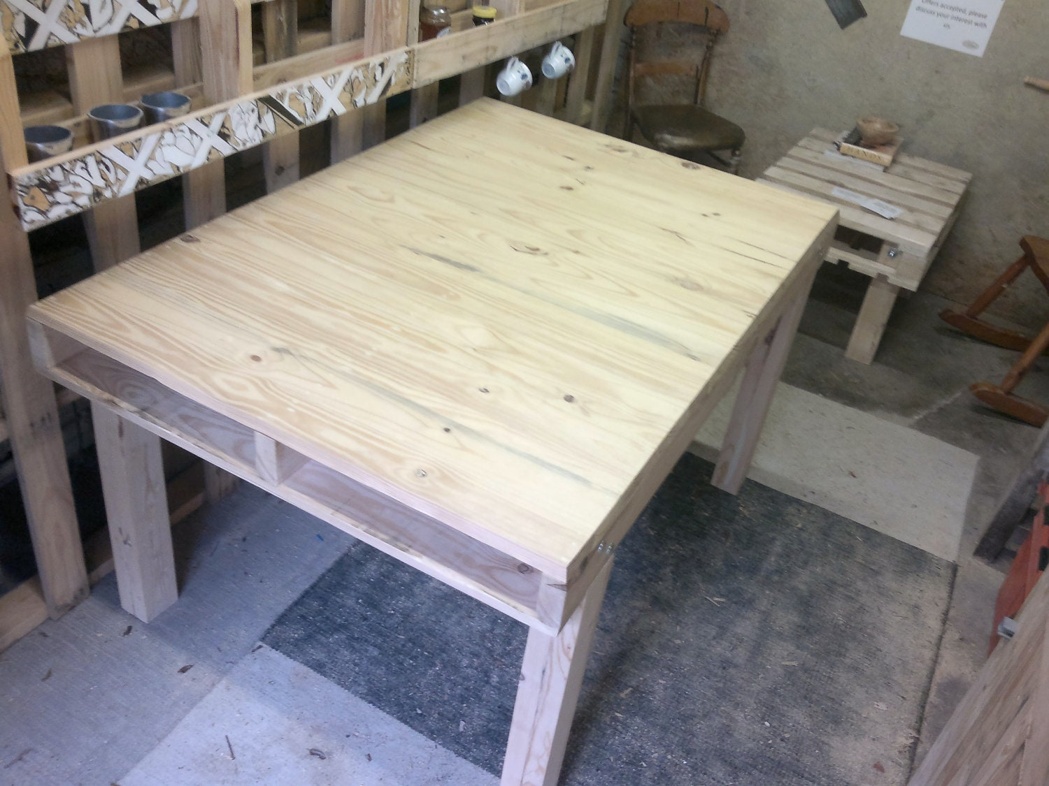 Pallet kitchen dining table - Table a manger palette ...