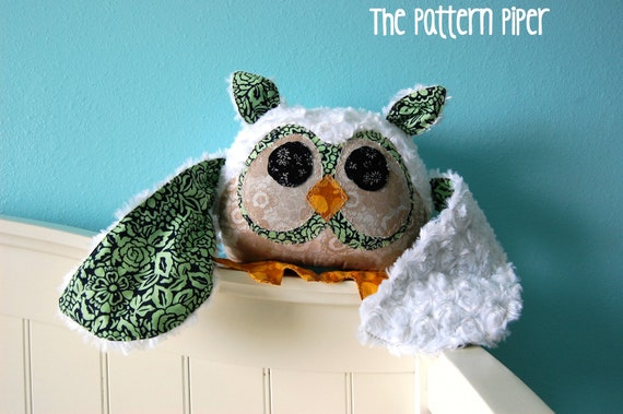 Stuffed Owl Pillow Plushie - Handmade Plush Toy - 100% Cotton and Fur - Shabby Chic Cute