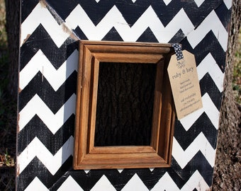chevron frame black & white distressed 5x7 picture | graduation gift | gift for neighbor | nursery frame | gallery wall | office decor