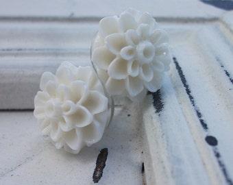 White Mum Earrings