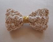 The Golden Creme bow - handmade crochet hair clip