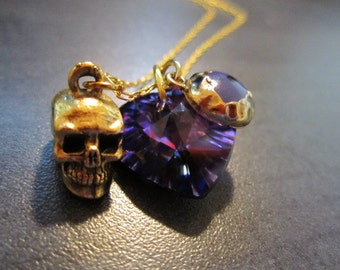 Gothic Punk Tell Tale Heart Skull Necklace