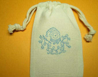 Snowman Muslin Bags / Set Of 10 / Perfect For Christmas Party Favors