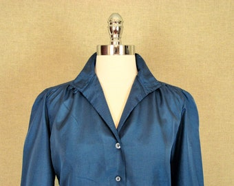 Vintage Blouse / 1980s Teal Blouse with Collar