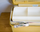 Vintage Mustard Yellow Hard Samsonite Concord Train Case, Vanity Case, Overnight - Good Vintage Condition, No Stains on inside