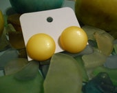 Vintage Yellow Button Earrings: You Are My Sunshine