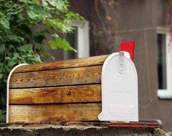 Original U.S. Mailbox 'Wooden Boards'