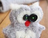 Owl keychain handmade, grey felted wool