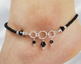 Anklet, Ankle Bracelet, Jet Black Swarovski Crystal Dangles, Circle Ring Connectors, Beaded Anklet, Black Anklet, Wedding, Beach, Vacation