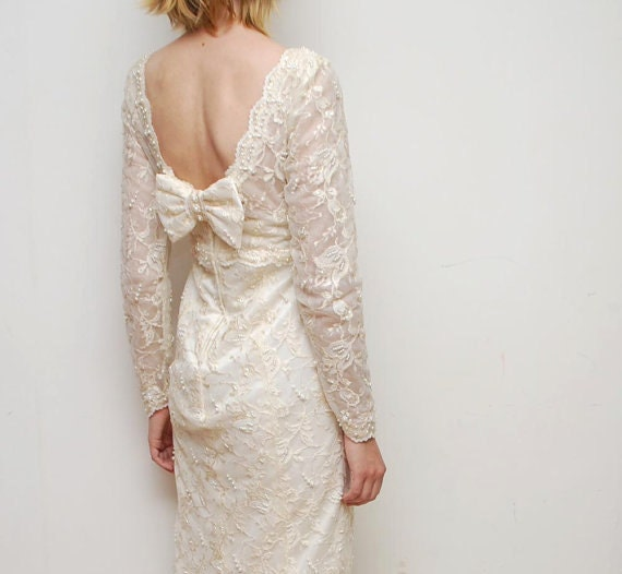 Vintage champagne wedding dress - lace, beads, sequins - extra small - great condition