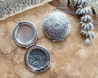 1x Round Flower Locket Pendant, Antique Silver Photo Locket Necklace Pendant C349